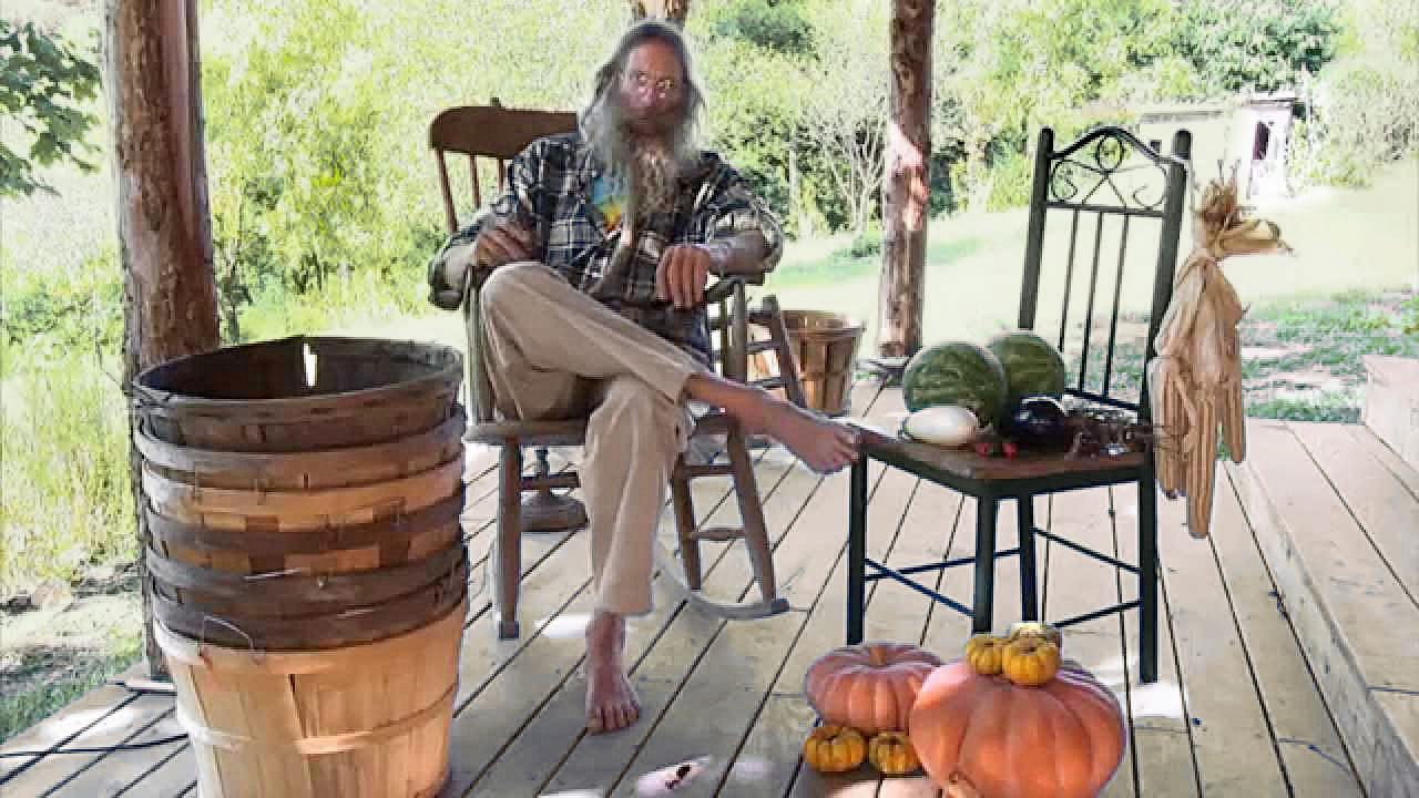 Jeff Poppen, barefootfarmer.org